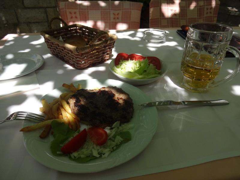 обед в черногории