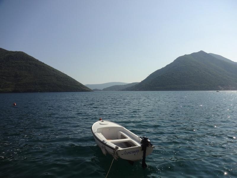 пераст лодка море