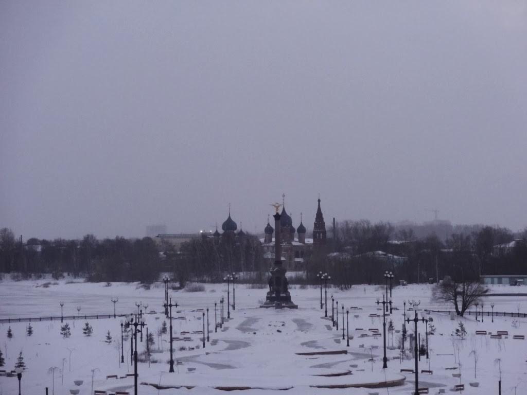 стел - памятник 1000 летию Ярославля