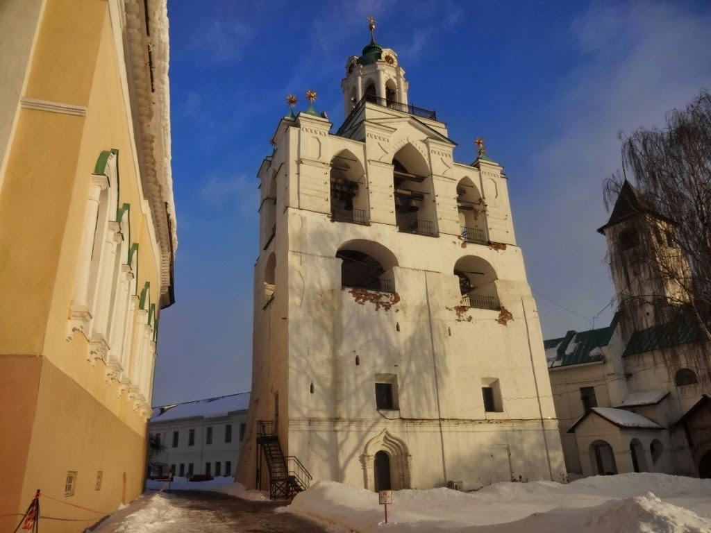 звонница монастыря Ярославль