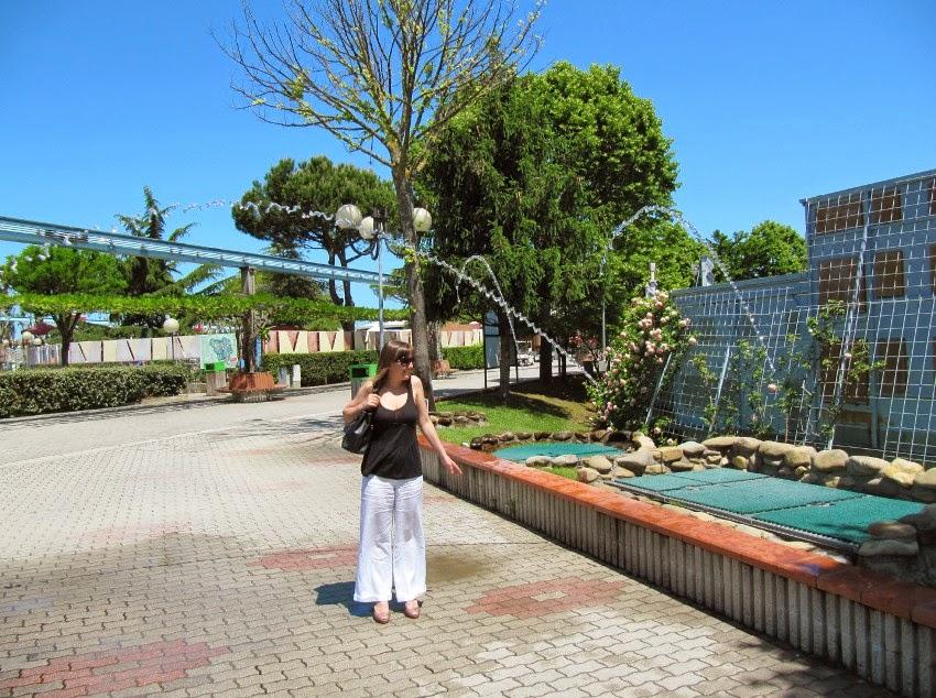 фонтан в парке Мини Италия