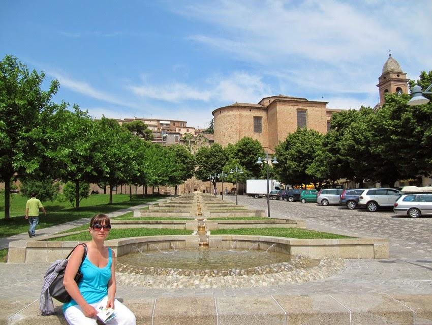 каскадный фонтан Сантарканджело