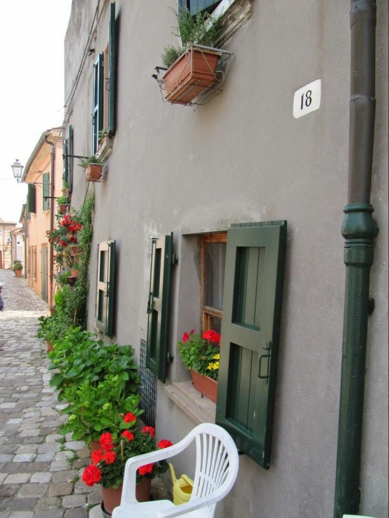 обычные дома итальянцев Сантарканджело