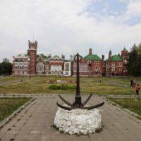 Замок Шереметьева в Юрино (Марий Эл).