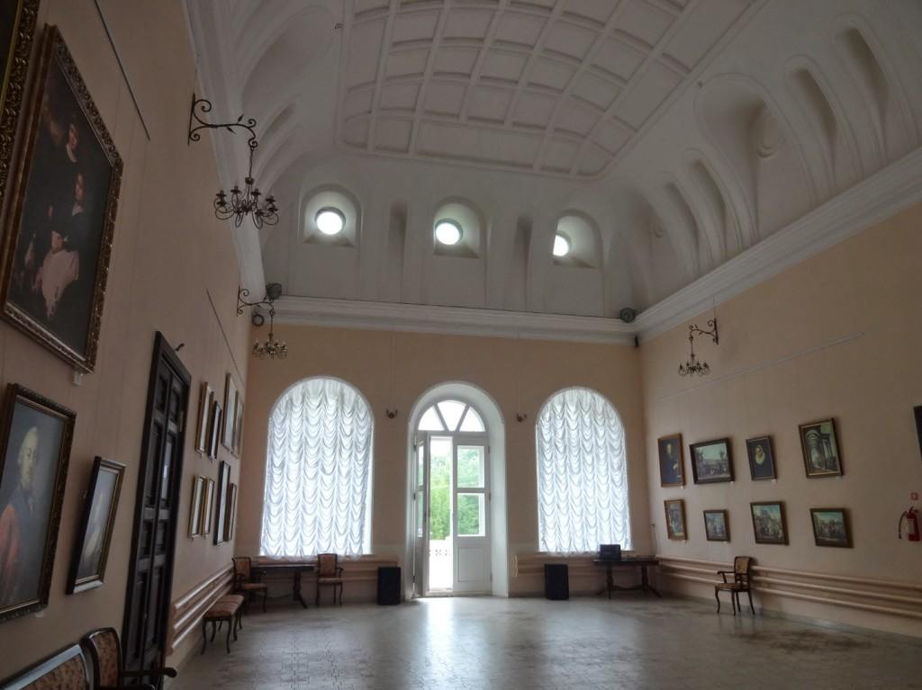 бальный зал замок шереметева