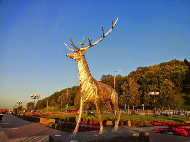 скульптура олень набережная нижний новгород
