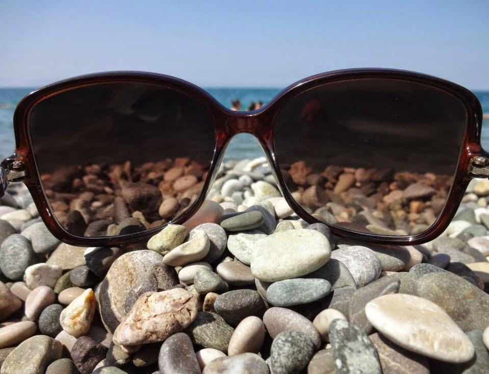 пляж море черные очки