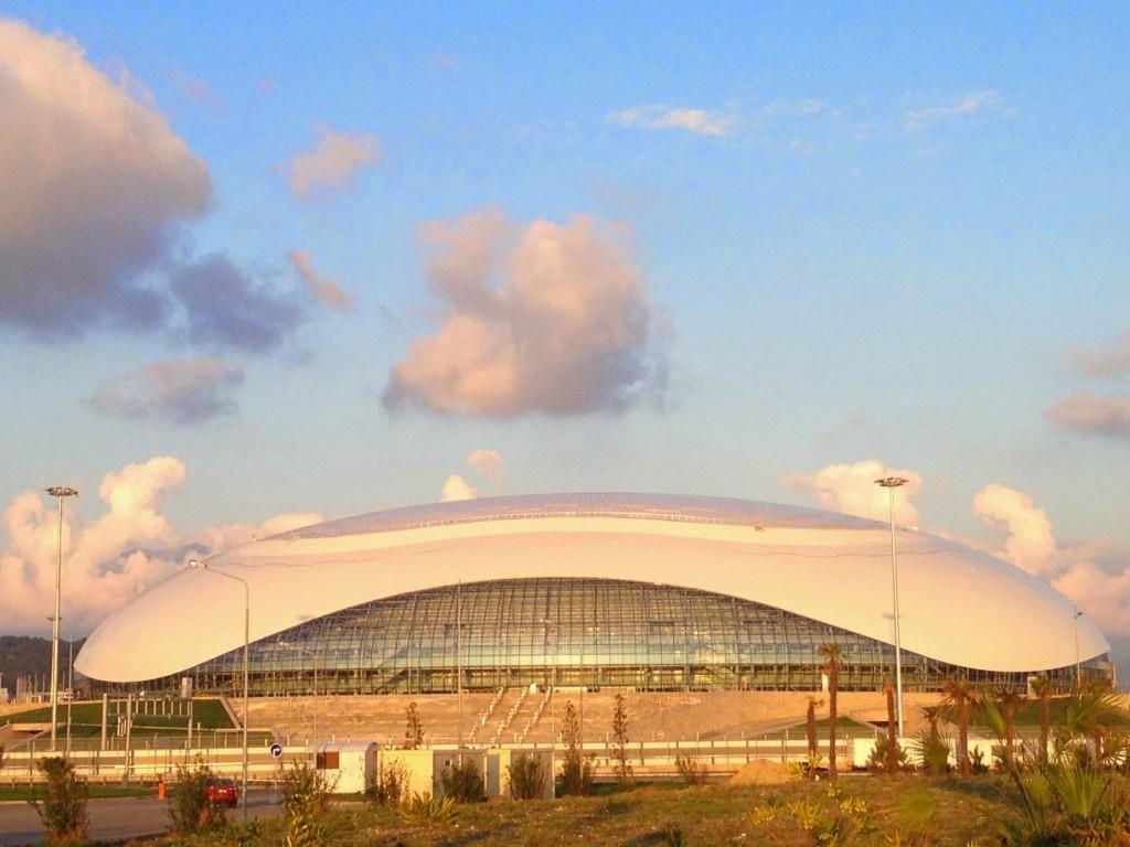 Ледовый дворец Большой в олимпийский парк сочи