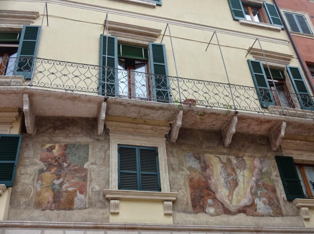 фреска на стене верона
