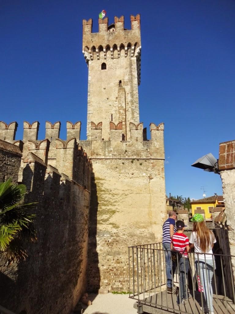 замок сирмионе гарда