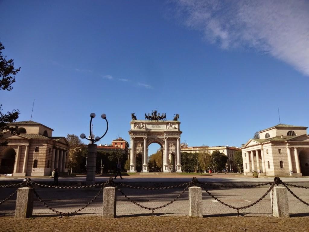 арка мира милан