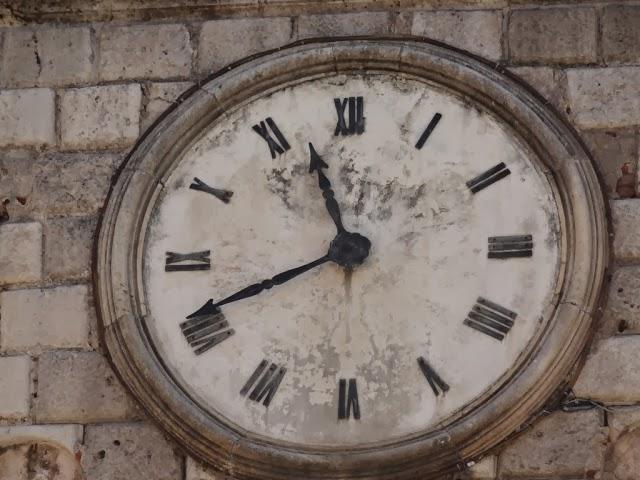 №1. Часы в г. Котор.