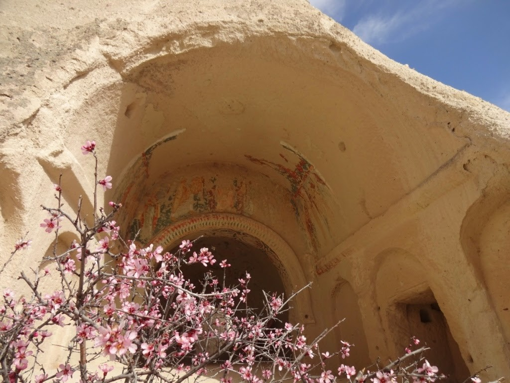 каппадокия розовая долина церковь