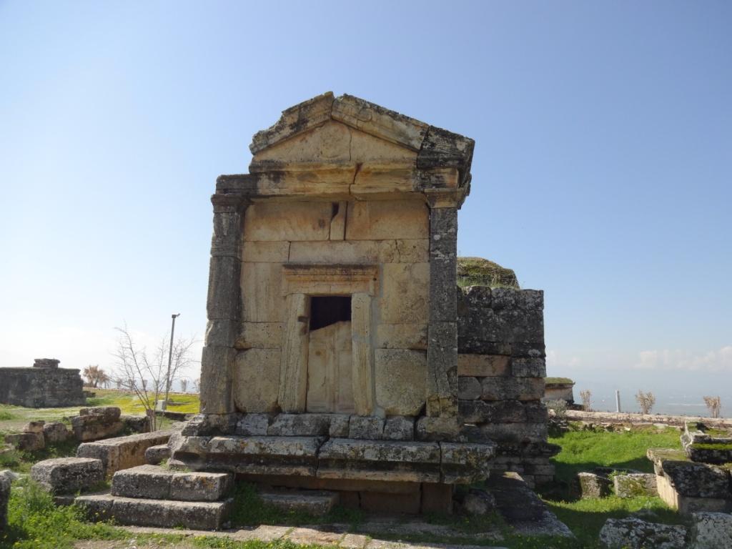 гробница некрополь иераполис