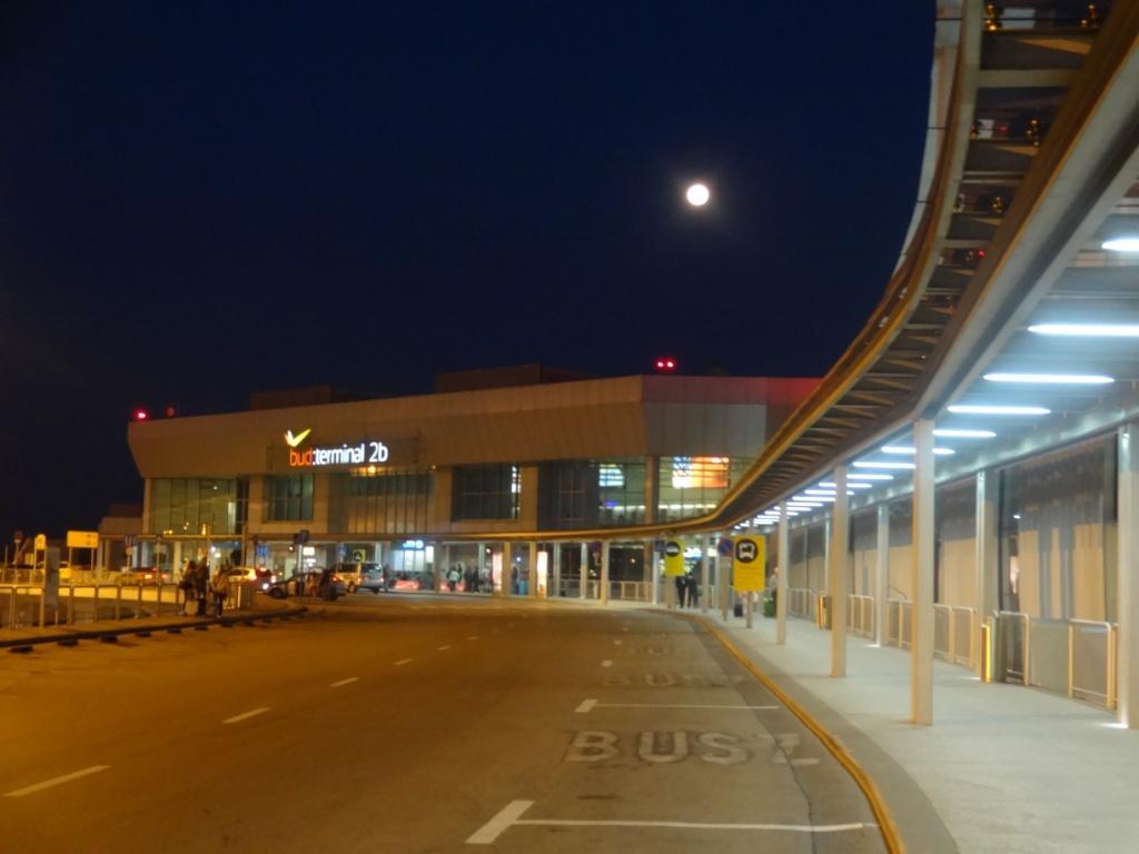 терминал B аэропорт Будапешта