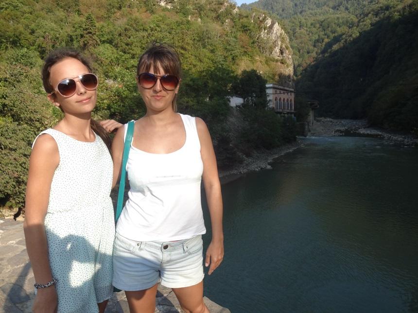 арочный мост махунцети в грузии