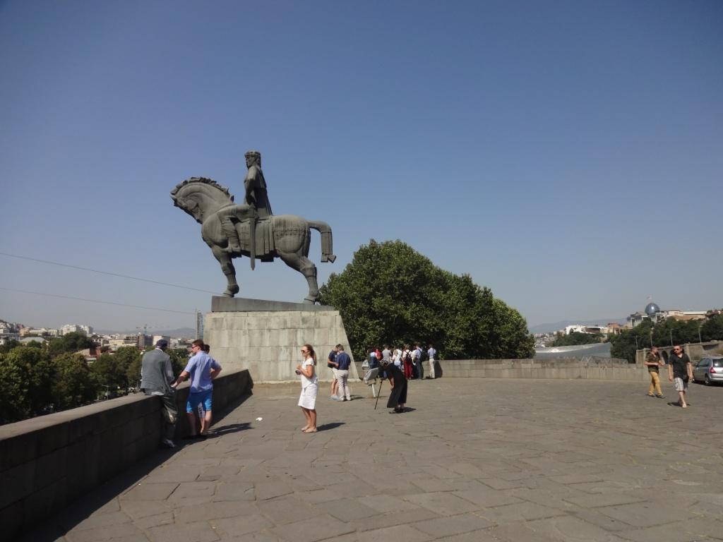 тбилиси памятник вахтангу