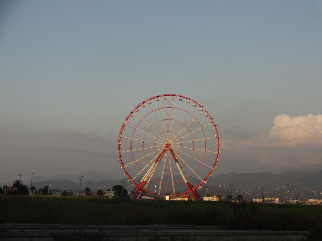 колесо обозрения батуми
