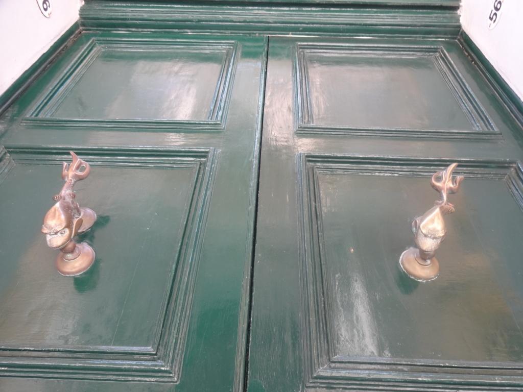 мальта яркие двери