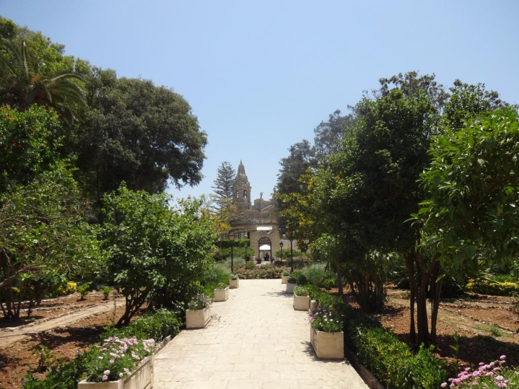 парк дворец паризио мальта