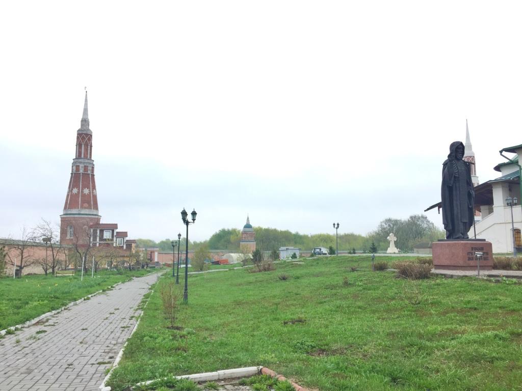 староголутвин монастырь в коломне