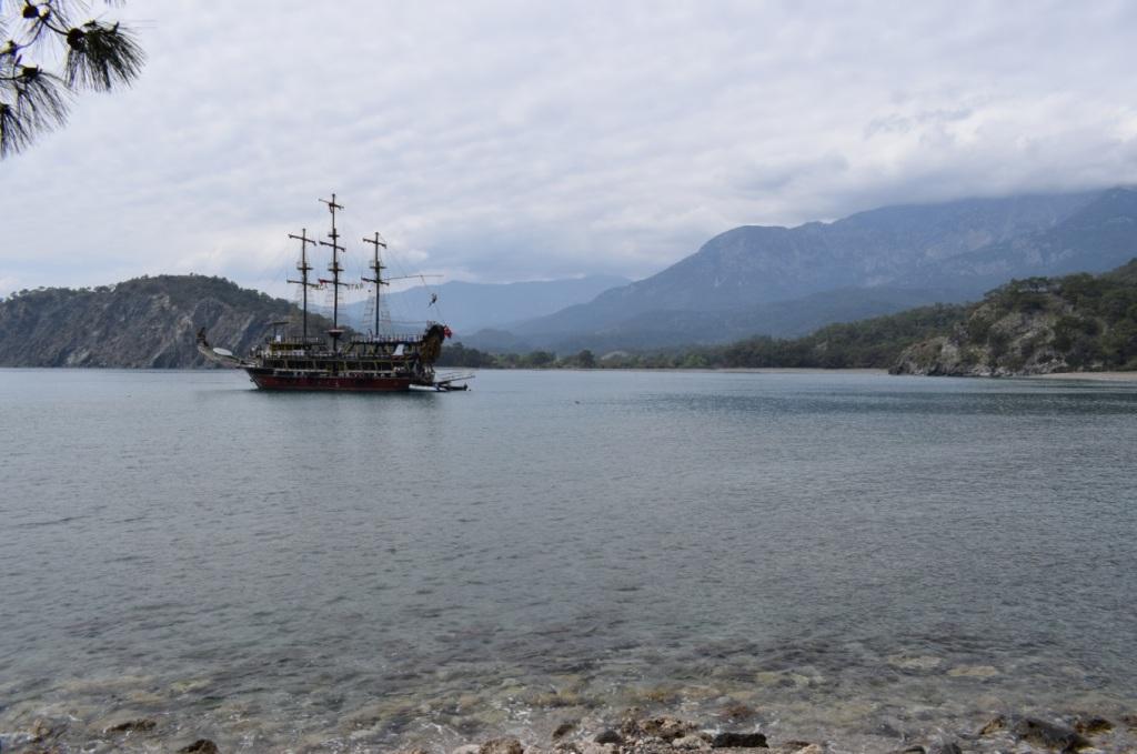 бухта в фазелисе корабль