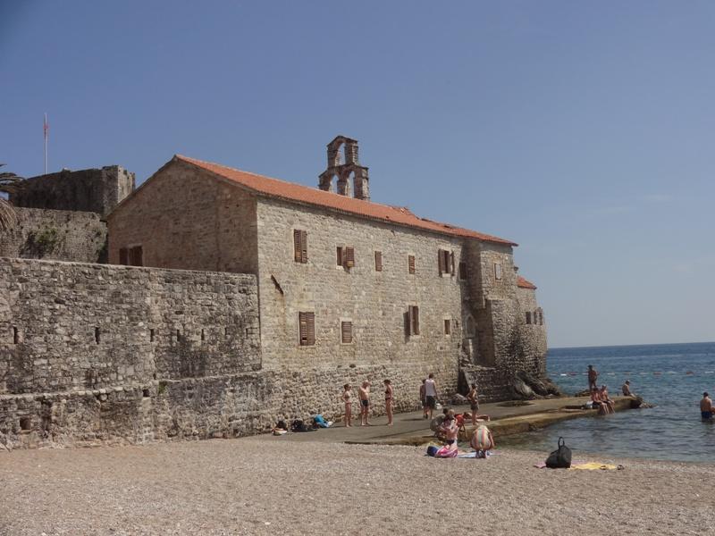 пляж старый город будва