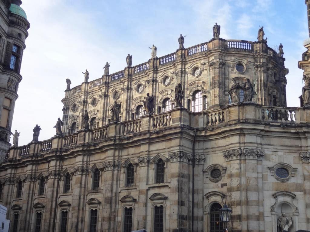 Католическая Придворная Церковь Хофкирхе
