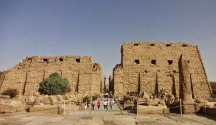 Экскурсия в Луксор (март 2014).