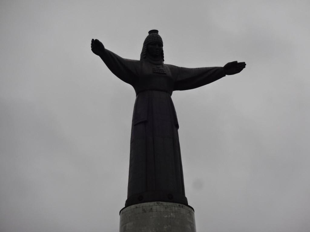 чебоксары монумент матери
