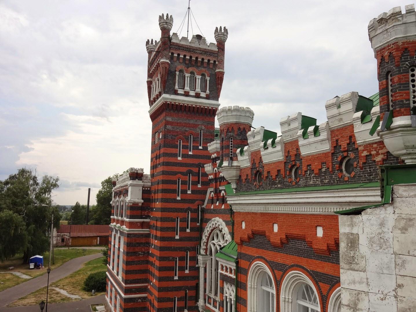 замок шереметьева юрино