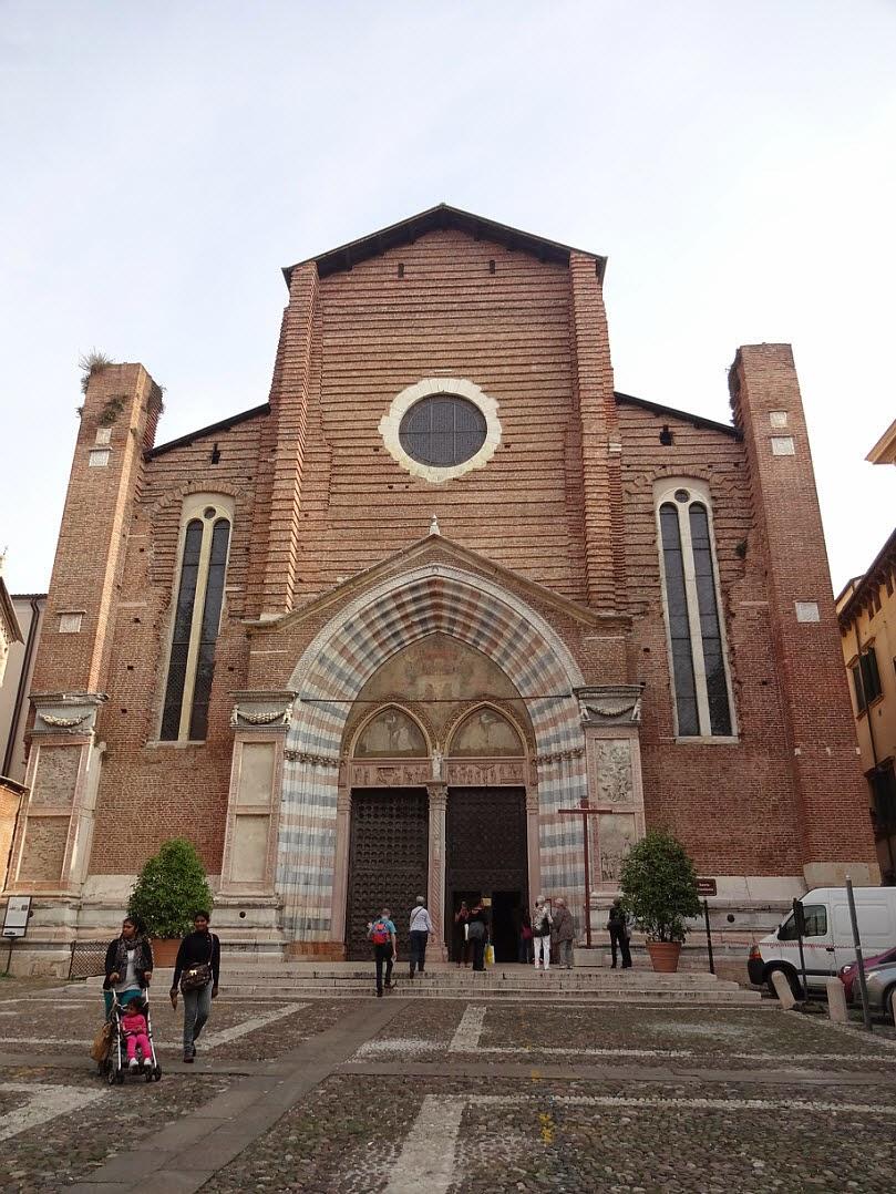 церковь анастасии верона