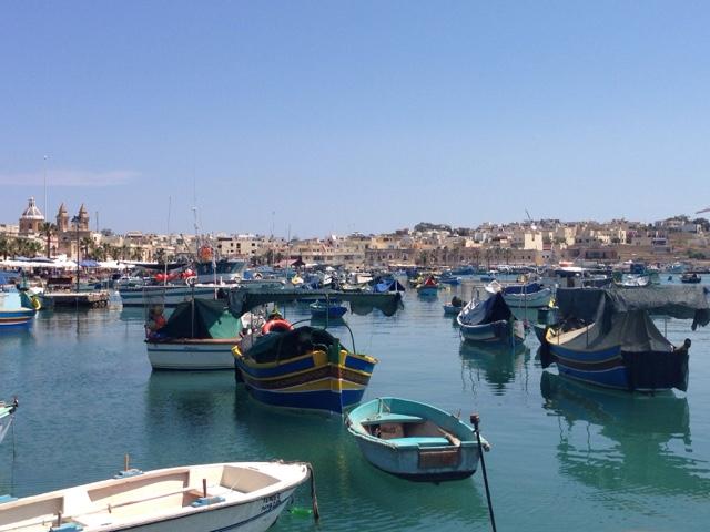 Рыбацкие лодки с глазами Мальта