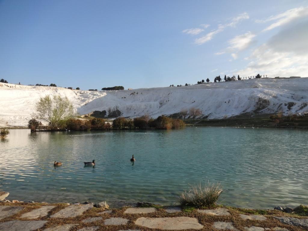 Озеро Памуккале