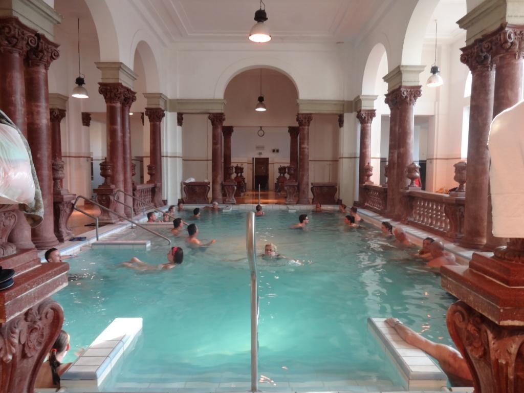 сечени купальни будапешт