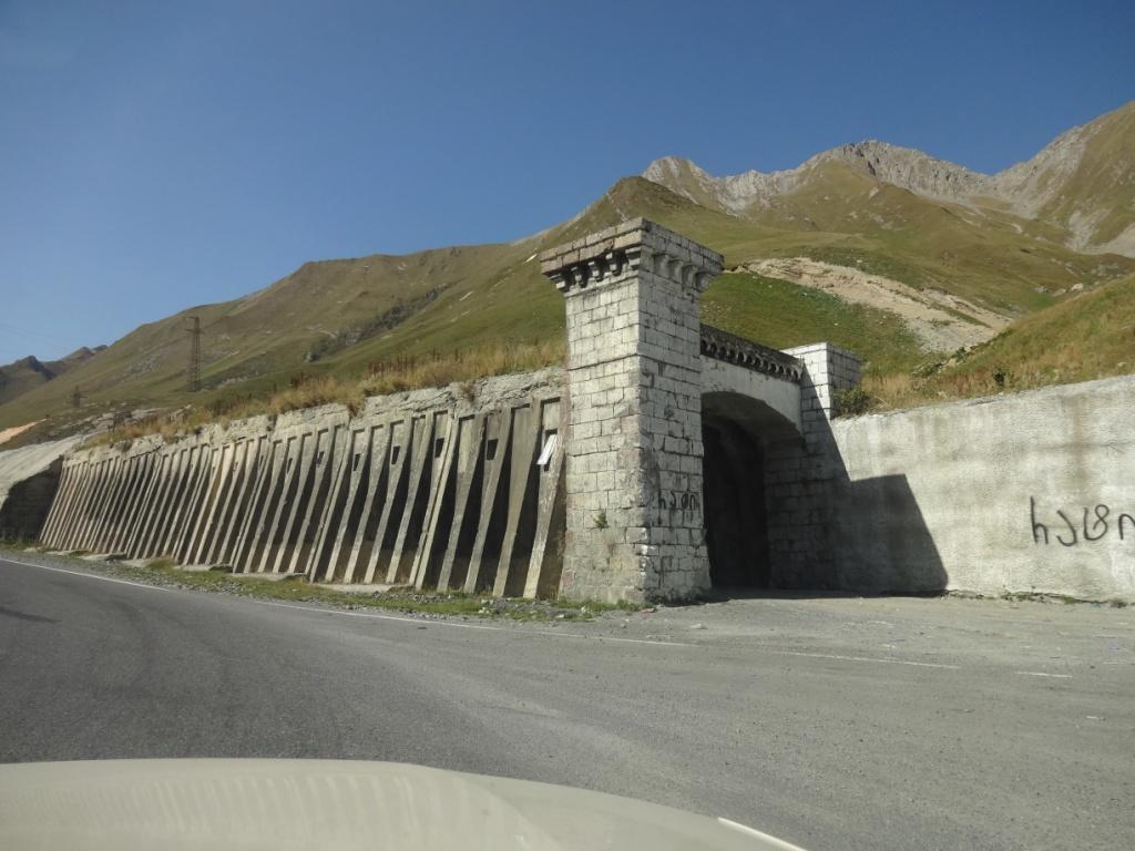 тоннели против селей грузия