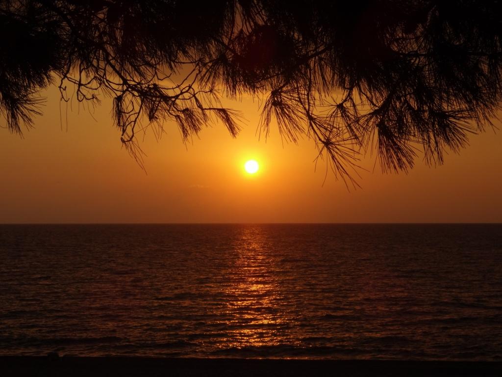 закат грузия кобулети море