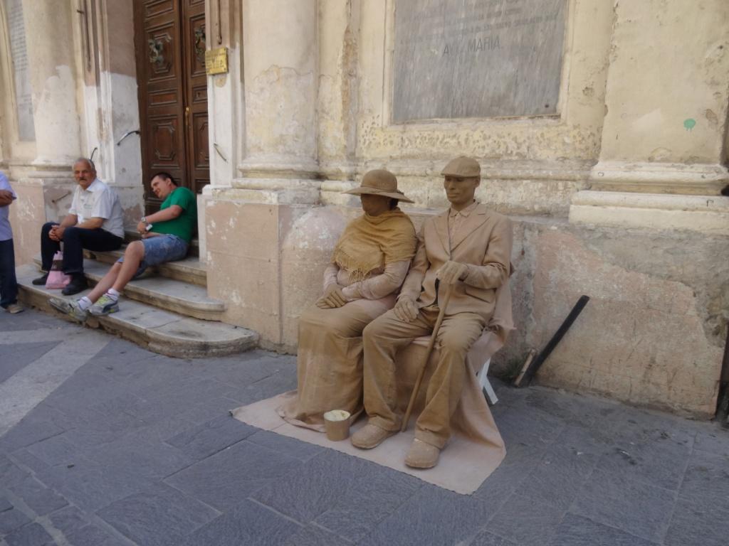 живые скульптуры Валетта