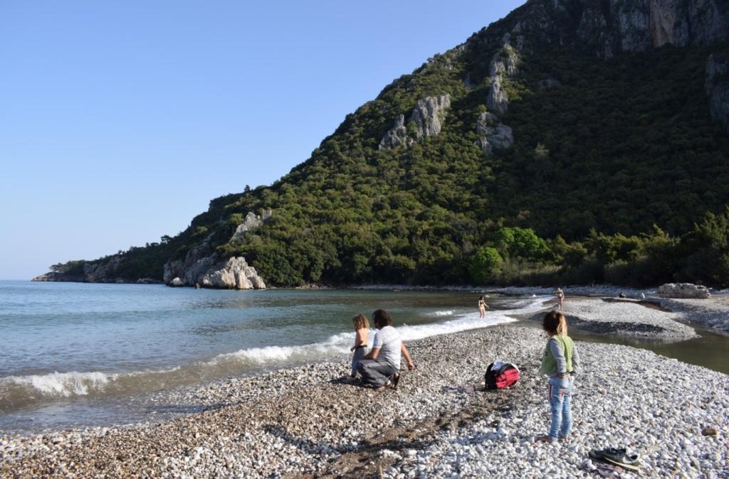 древний город олимпос пляж