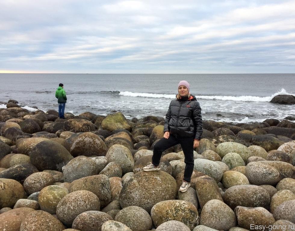 пляж драконьи яйца териберка