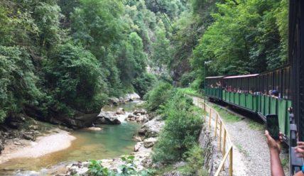 Гуамское ущелье и узкоколейная железная дорога