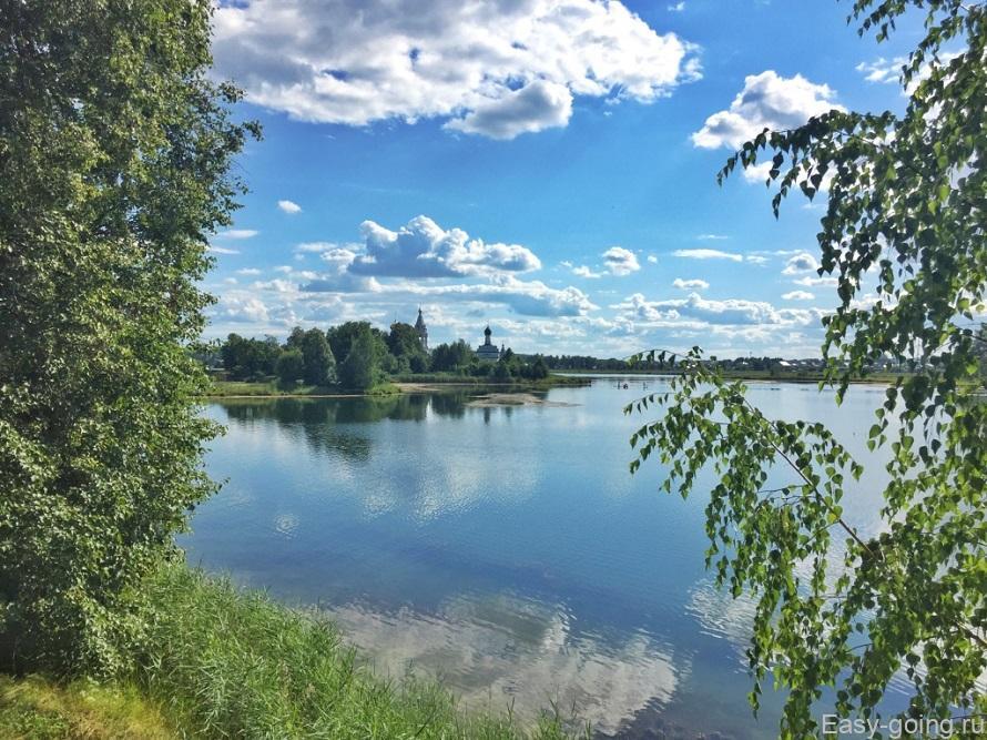 монастырь на озере в ворсме